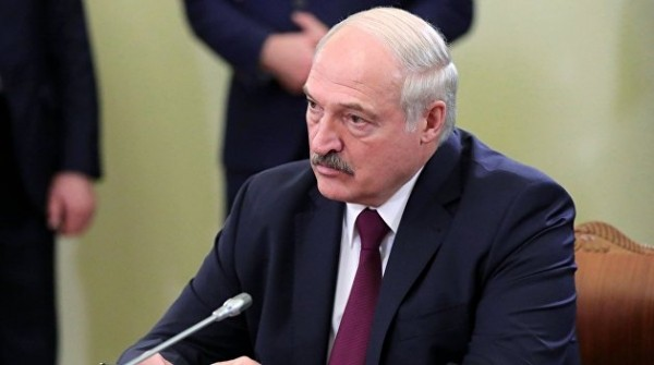 Лукашенко объявил о создании в Белоруссии собственной вакцины от COVID-19