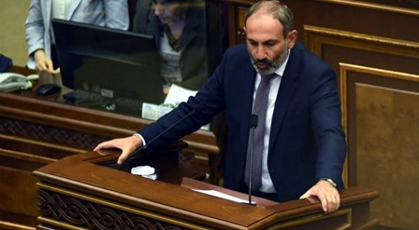«Это катастрофа»: Пашинян о ситуации в Армении из-за коронавируса